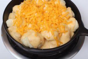 Цветная капуста, запеченная в духовке с сырным соусом