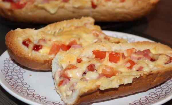 Пицца - хлеб за 10 минут