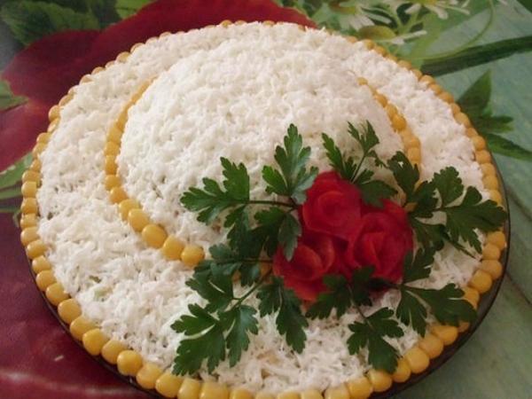Интересное и необычное оформление салатов 30