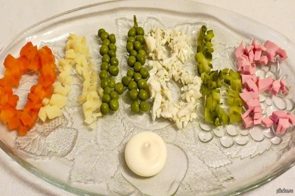 Интересное и необычное оформление салатов 27