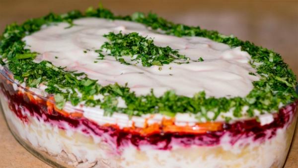 Слоеный салат Корель