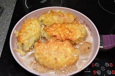 Котлеты в картофельной шубе