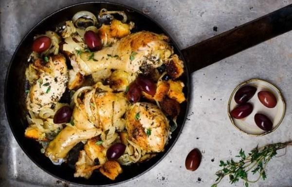 Курица запечённая с хлебом