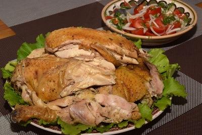 Домашняя курица в луковом соке