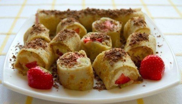 Роллы с творожно-фруктовой начинкой