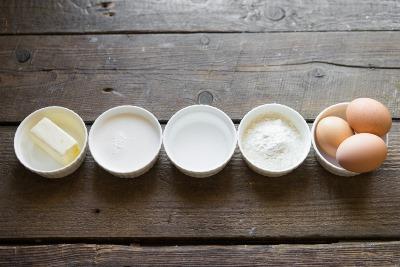 Пирожное Пари-Брест с кофейным кремом