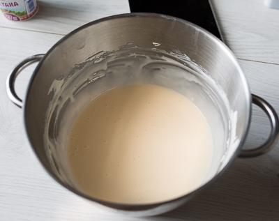 Грушевый пирог со сливочным сыром