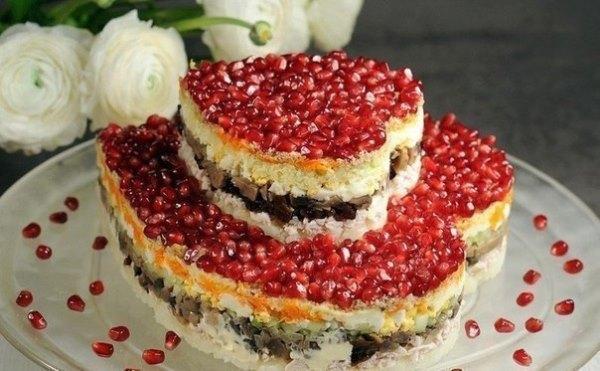 ТОП-9 Невероятно вкусных салатов для праздничного стола