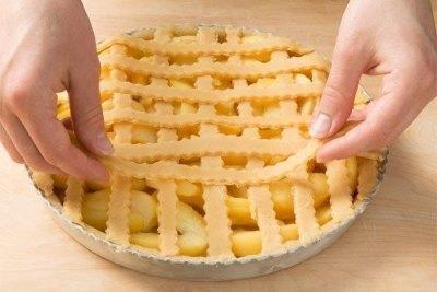 Яблочный пирог по немецкому рецепту 7