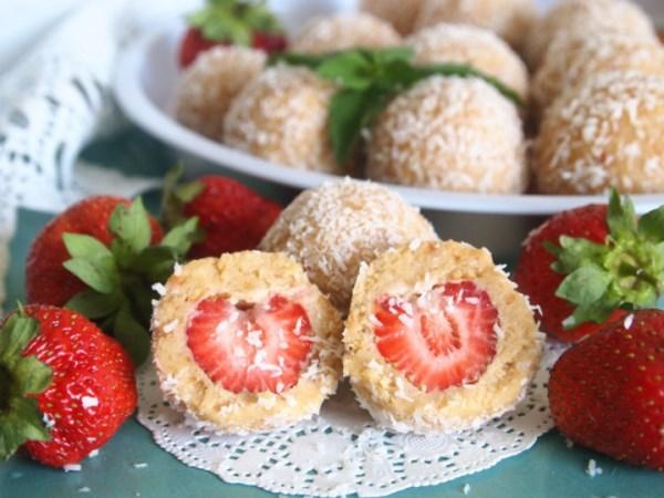 Десертные шарики с клубникой 1