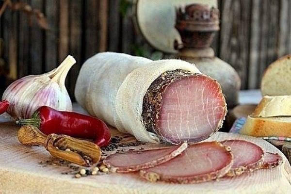 Полендвица - домашнее сыровяленое мясо 1