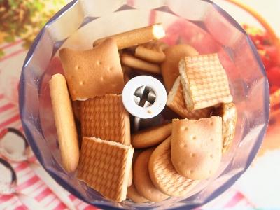 Десертные шарики с клубникой 3