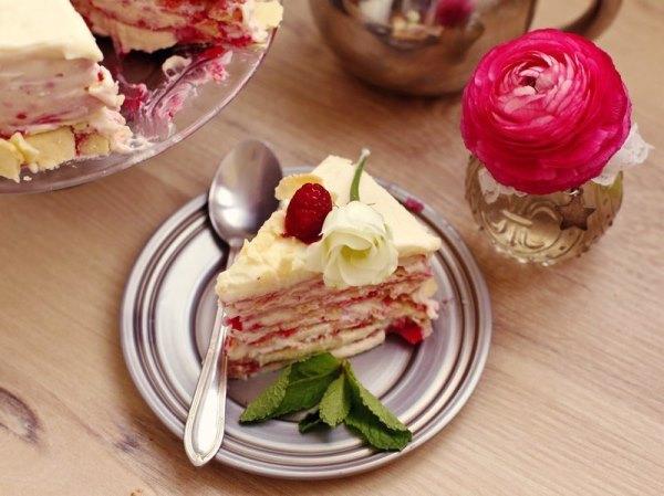 Торт Наполеон с малиной 1