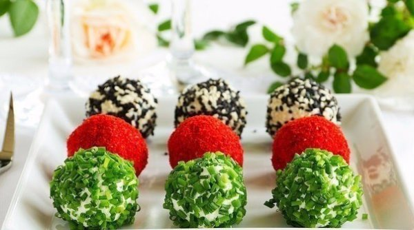 Творожные крокеты с овощным салатом 1