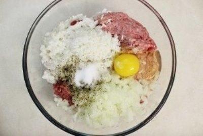 Тефтели с рисом и сливочной подливкой в духовке 2