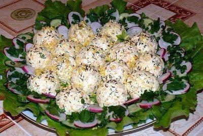 Творожные крокеты с овощным салатом 11