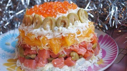 Подборка вкусных салатов к Новому году